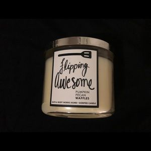 Bath and Body Works Flipping Awesome 3-wick Candle